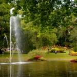 ... et sa longue queue qui traverse la fontaine(Mon voyage à Nantes)