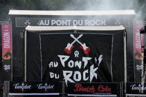 (Festival au Pont du Rock 2016, vendredi)