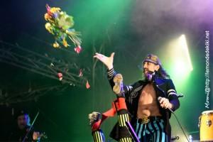 Gogol Bordello (Festival au Pont du Rock 2016, samedi)